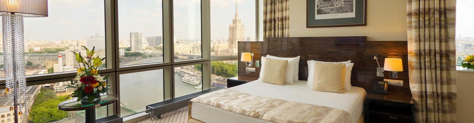 crowne plaza moscow hotel room view river expocenter lobby reception bar outlet restaurants